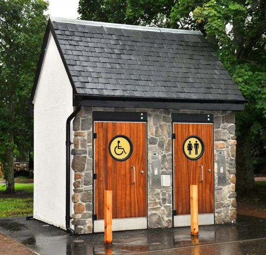 Public toilet facilities in Victoria Park, Aberfeldy